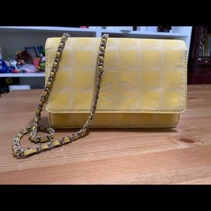 100% Guaranteed authentic CHANEL Wallet on Chain